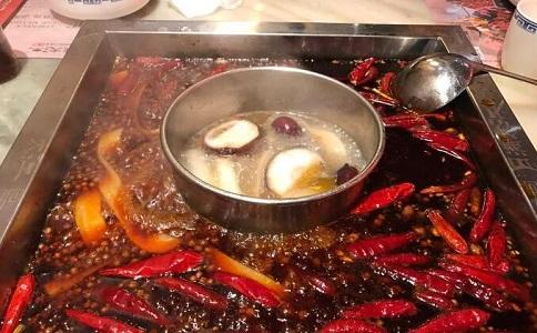 开一家四川火锅加盟店有什么好处和坏处?缩略图