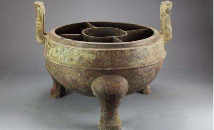 你知道古代人是怎么吃火锅的吗?缩略图