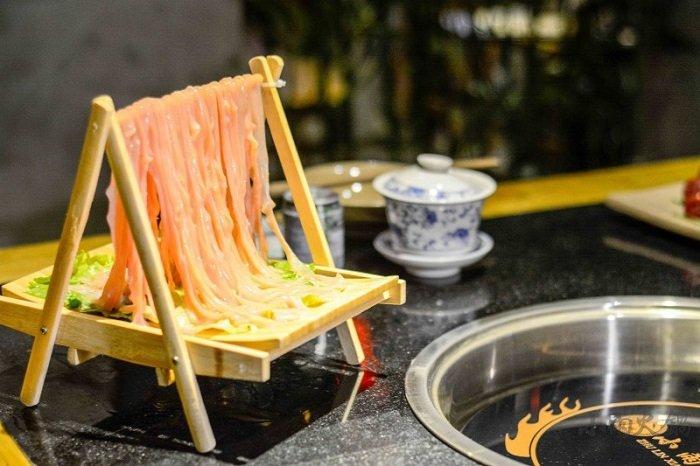想在乡镇加盟特色火锅店怎么样?有发展前途吗