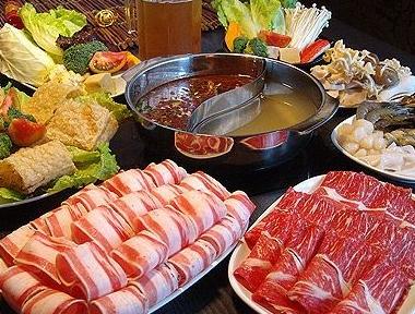 重庆牛肉火锅将和我们一起介绍几款代表性火锅的调料搭配!插图